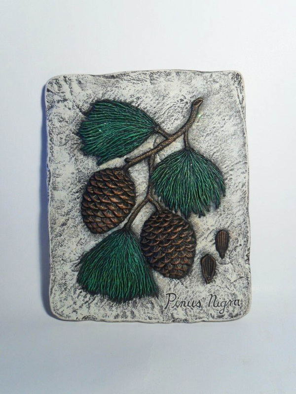Ceramic Painted Pine Cone Stepping Stone Wendy S